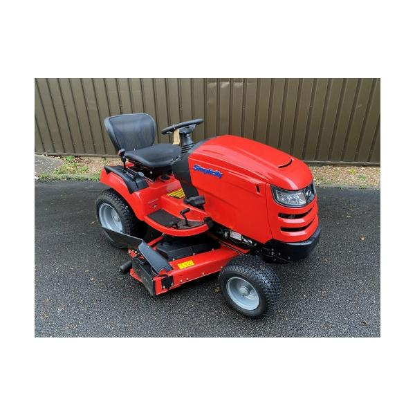 Simplicity Broadmoor SLT300 Garden Tractor (with Striping Roller) - Used Machinery